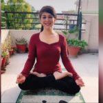 लॉक डाउन में डॉ अजयिता के  योग टिप्स